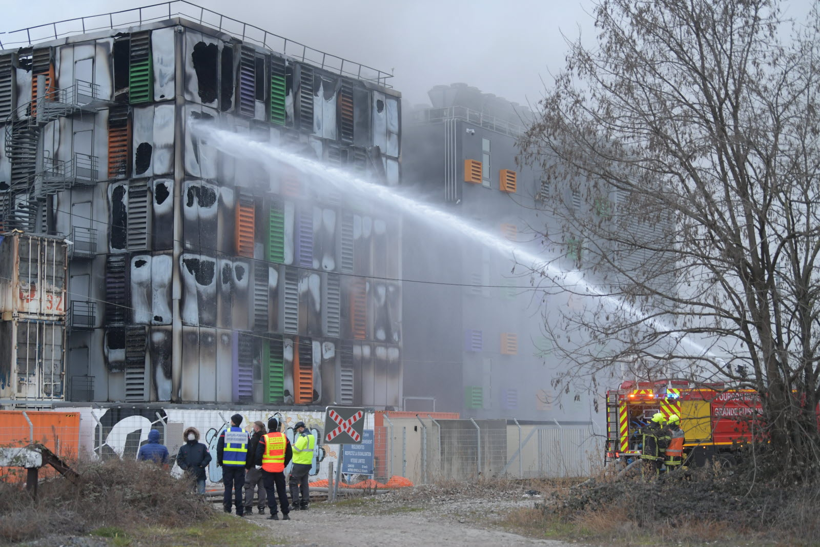 ovh-strasbourg-datacenter-fire-containers.jpg